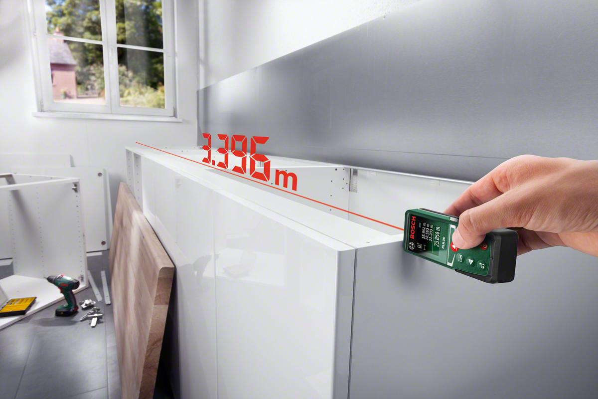Lasermessgerät im Haushalt - Einbauküche vermessen