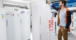 Lasermessgerät im Haushalt - Wohnmöbel vermessen